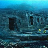 JAPAN- DISCOVER YONAGUNI AND EXPLORE THE MONUMENT
